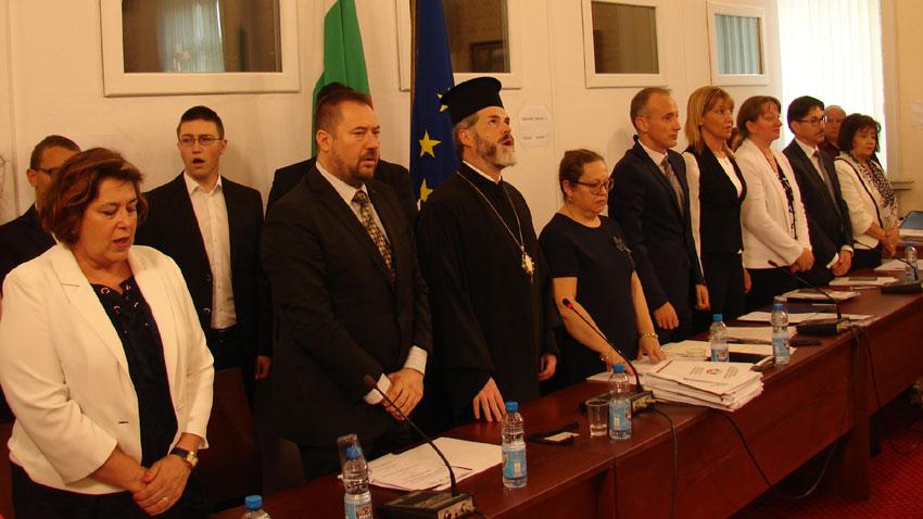 Българският език – духовен мост за национално единение
